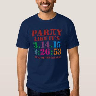 El fiesta de la camiseta del día del pi como él es playeras