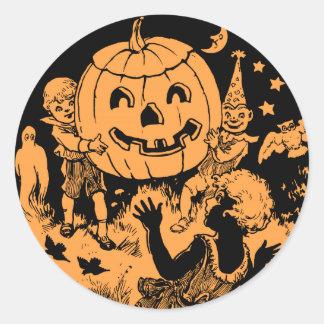 El fiesta de los niños de Halloween del vintage Pegatina Redonda