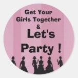 el fiesta del bachelorette, consigue a sus chicas etiquetas redondas