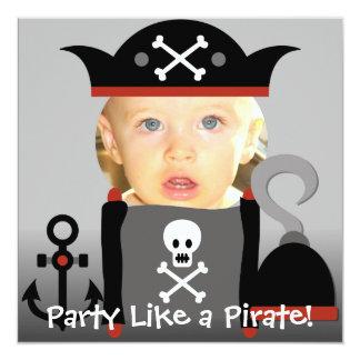 """El fiesta del muchacho de los piratas como un invitación 5.25"""" x 5.25"""""""