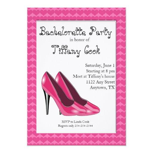 El fiesta rosado y negro de Bachelorette del tacón Invitación