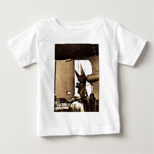 El Fitz poderoso - timón y apoyo T Shirts