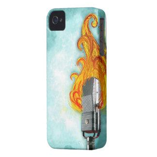El flamear Mic II Case-Mate iPhone 4 Cárcasas