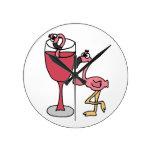 El flamenco rosado adentro se ruboriza copa de vin relojes de pared