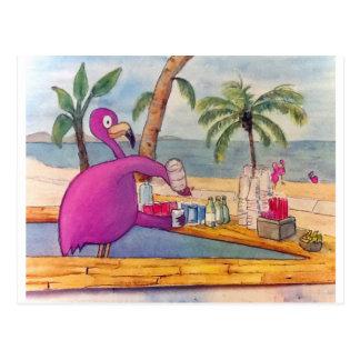 El flamenco rosado caprichoso vierte la playa de postales