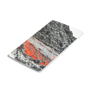 El fluir candente del magma cuadernos grapados