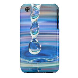 El fluir claro de los descensos del agua azul Case-Mate iPhone 3 carcasa