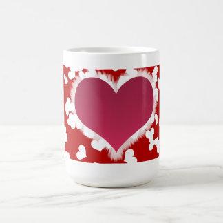El fondo de la tarjeta del día de San Valentín Taza Clásica