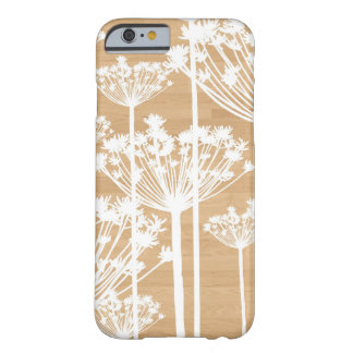 El fondo de madera florece el estampado de flores funda de iPhone 6 barely there