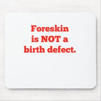 El Foreskin no es un defecto de nacimiento - rojo Alfombrilla De Ratón