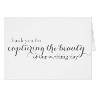 El fotógrafo del boda (Videographer) le agradece Tarjeta Pequeña