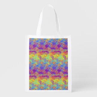 El fractal brillante del remolino modela el arco bolsa reutilizable