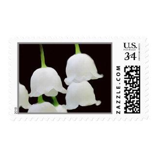 El franqueo floral del mes del nacimiento puede sello