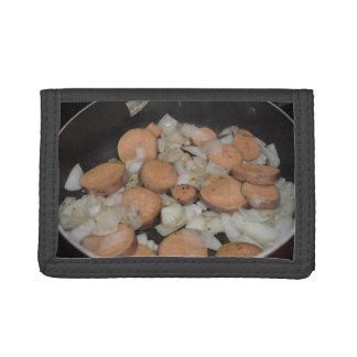 el freír de las cebollas de la patata dulce