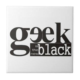 El friki es el nuevo negro azulejo ceramica
