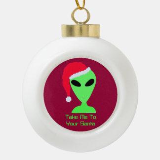 El friki extranjero divertido del navidad me lleva adorno de cerámica en forma de bola