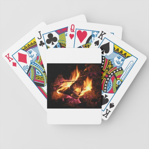 El fuego del campo baraja cartas de poker