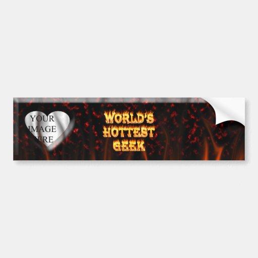 El fuego del friki del mundo y el rojo más calient etiqueta de parachoque