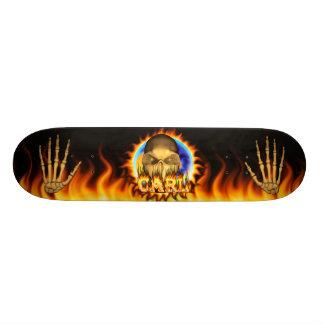 El fuego real y las llamas del cráneo de Carl anda Patín Personalizado