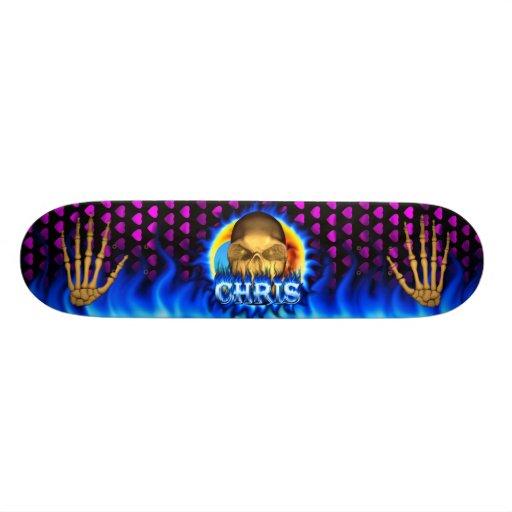 El fuego y las llamas azules del cráneo de Chris a Skate Boards