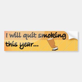 El fumar abandonado etiqueta de parachoque