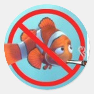¡El fumar cerca de niños es pederastia! regalos Pegatinas Redondas
