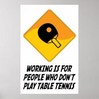 El funcionamiento está para la gente que no juega  póster