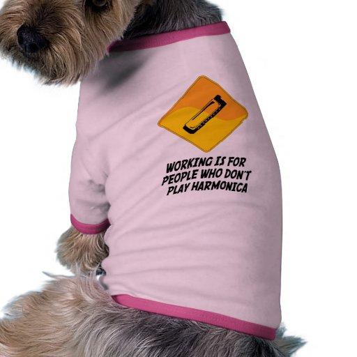 El funcionamiento está para la gente que no toca l camiseta con mangas para perro