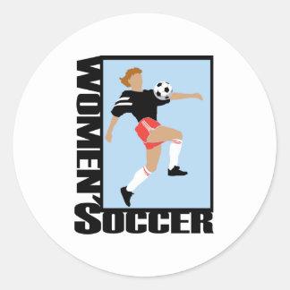El fútbol de las mujeres pegatina redonda