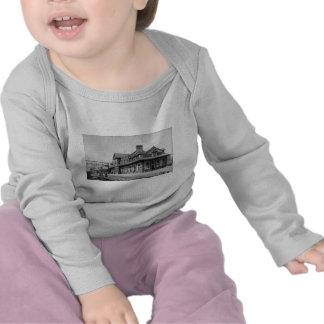 El G.T.R. Railroad Depot - Louis Pesha Camiseta