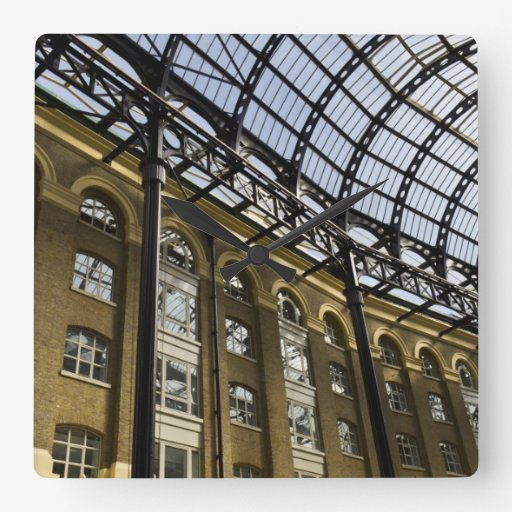 El Galleria Londres del heno Reloj Cuadrado