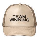 El ganar del equipo gorro