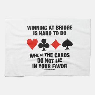 El ganar en el puente es duro de hacer cuando no toalla de cocina