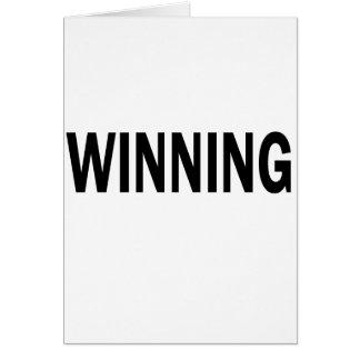 El ganar tarjeta de felicitación