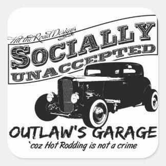 El garaje del proscrito. Coches de carreras social Calcomanias Cuadradas