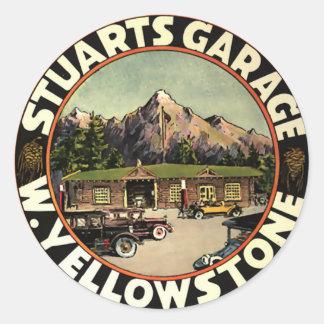El garaje Yellowstone de Estuardo Pegatina Redonda