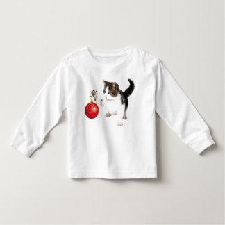El gatito adorna su árbol playera de manga larga de niño
