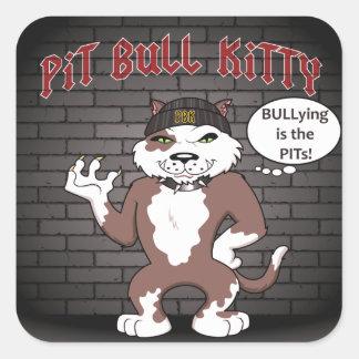 """El gatito del pitbull dice que el """"tiranizar es pegatina cuadrada"""