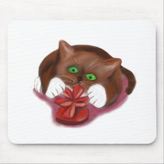 El gatito del smoking de Brown ataca la caja del Tapetes De Ratón