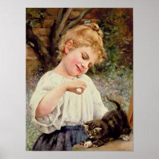 El gatito juguetón póster