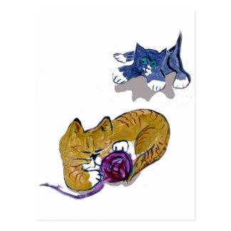 El gatito pone en marcha un ataque aéreo postales