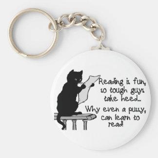 El gatito puede leer llavero
