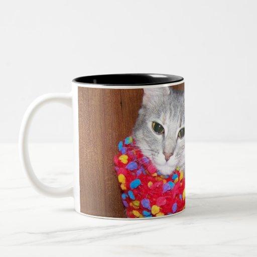 El gato conseguido estilo taza