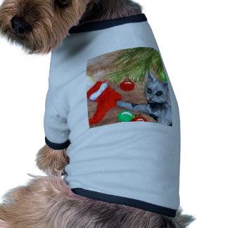 El gato del gatito es él navidad con todo diversió ropa para mascota