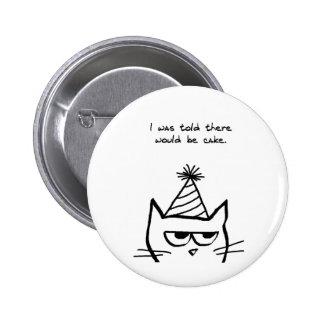El gato enojado odia cumpleaños chapa redonda 5 cm