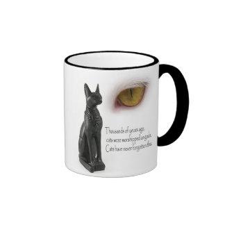 El gato era dioses tazas de café