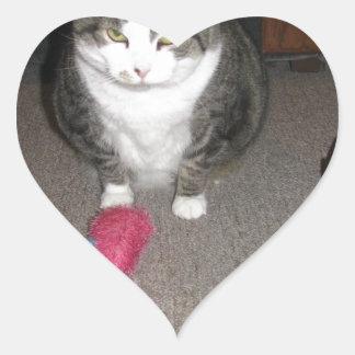 El gato gordo gruñón no se divierte pegatina en forma de corazón