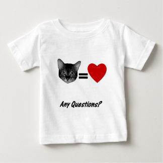 El gato iguala amor camisas