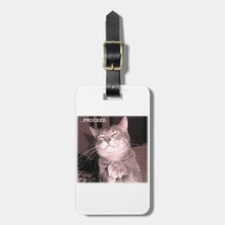 El gato malvado dice procede con el plan maestro etiquetas para maletas
