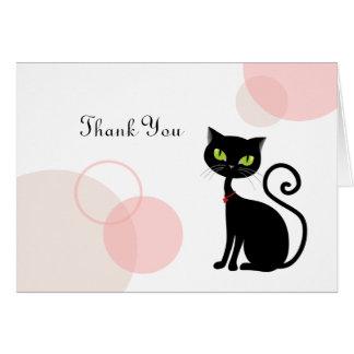 El gato negro descarado le agradece cardar tarjeta pequeña